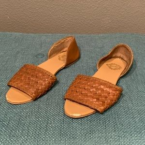 UO Woven Brown Leather Ecoté Sandals